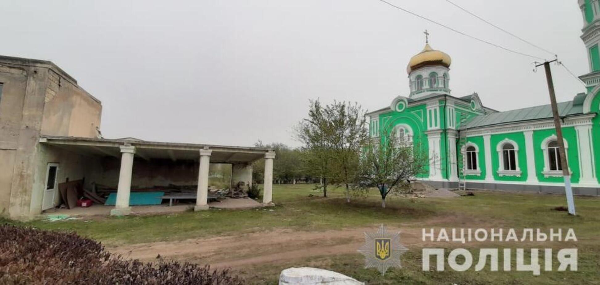 Ничего святого: в Одесской области из церкви украли холодильник