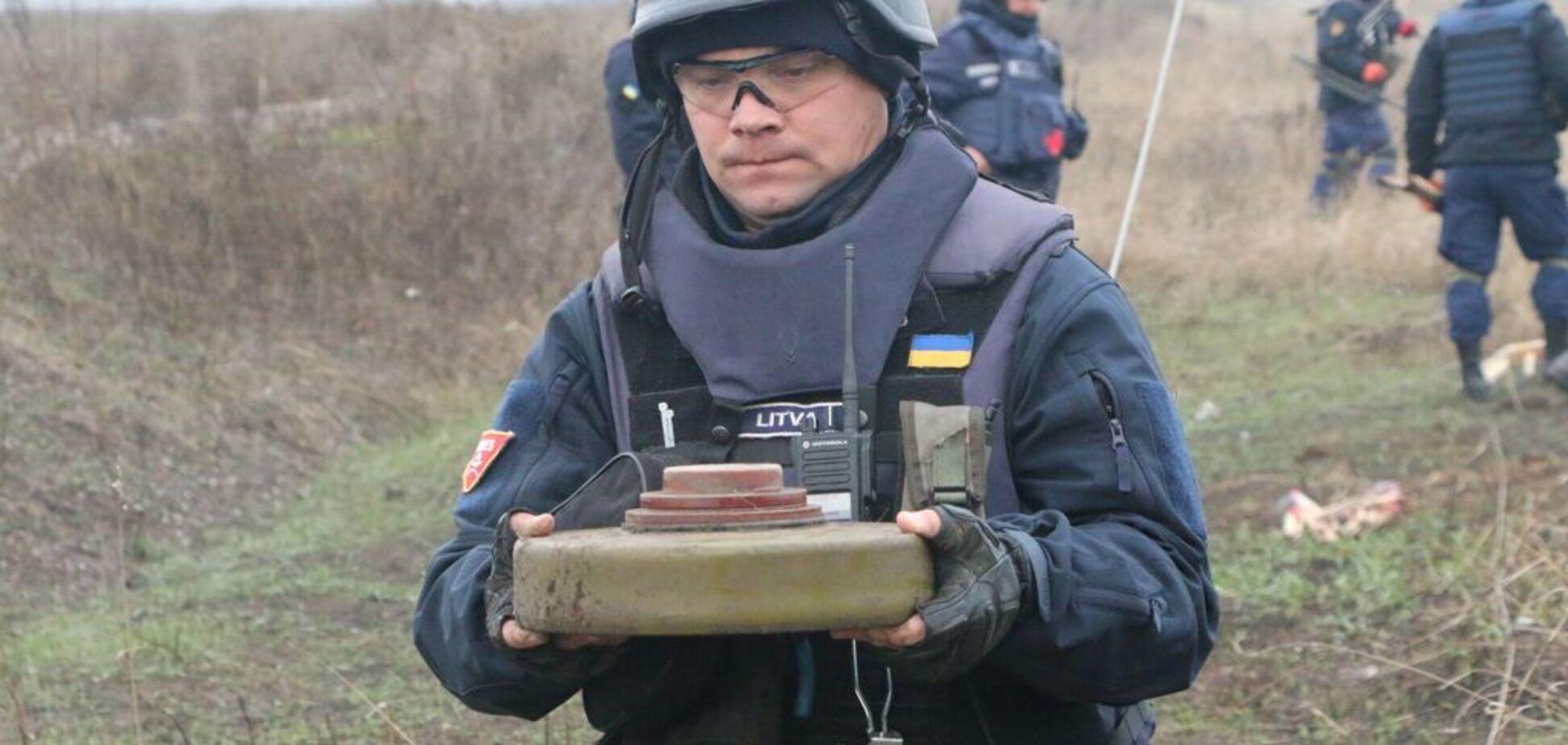 Відведення сил у Петрівському: сапери показали, що відбувається на місці