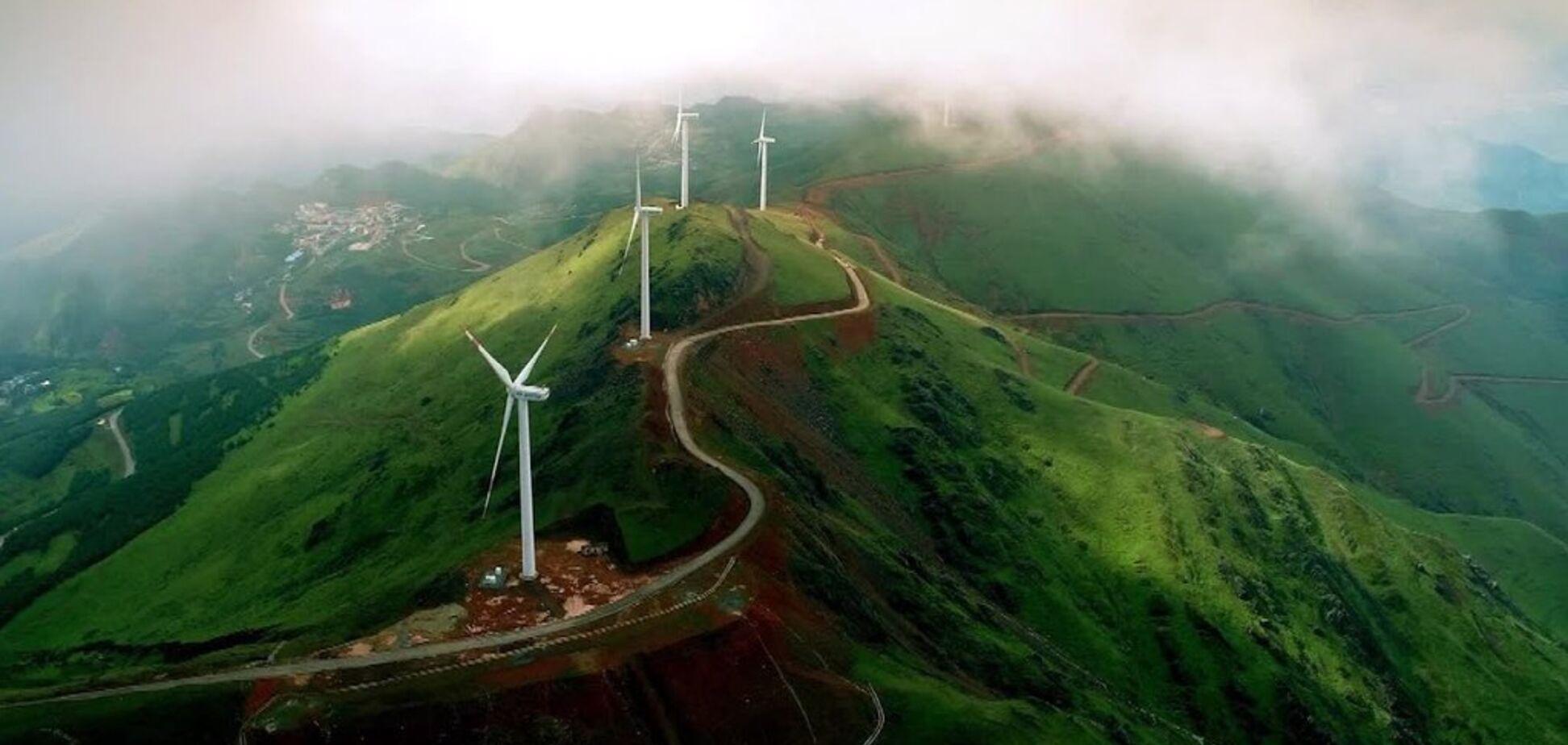 Двістіметрові лопаті: у Китаї запустять гігантські вітрогенератори