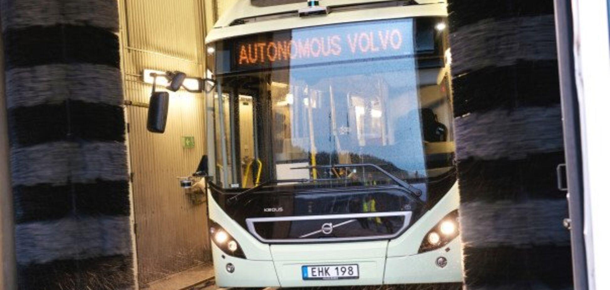 Водій не потрібен: Volvo показала автономний електричний автобус