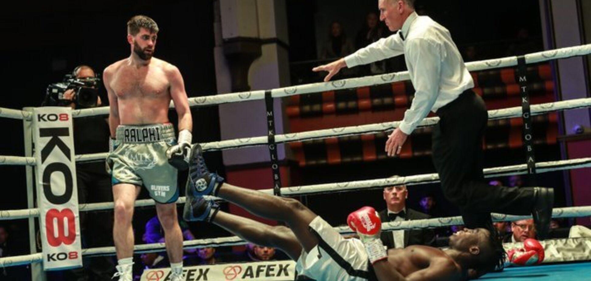 Знаменитый боксер победил убийственным нокаутом