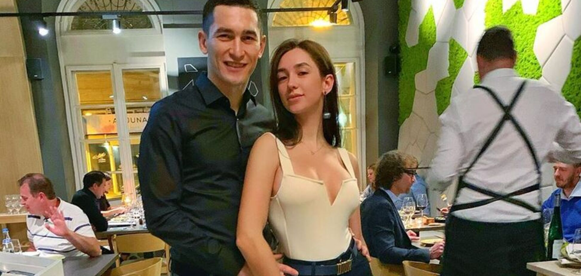 Степаненко показав, як розважається з дружиною замість матчу з Сербією