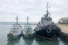 Росія повернула кораблі ВМС