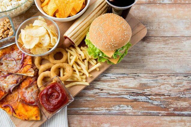 Медики радять відмовитися від продуктів, які викликають тривале запалення