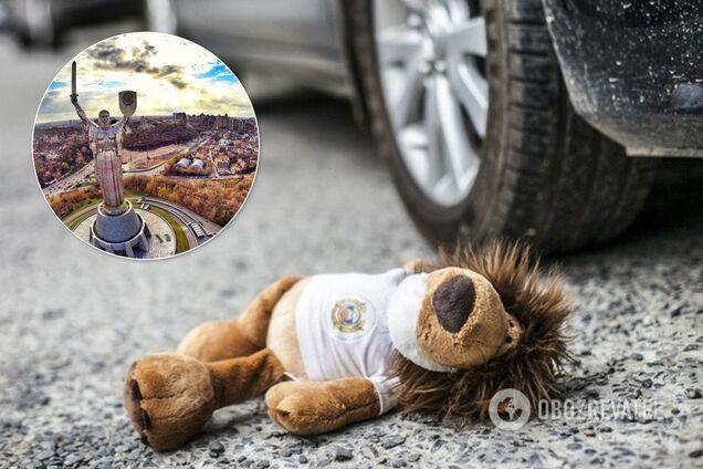 В Киеве авто влетело в ребенка