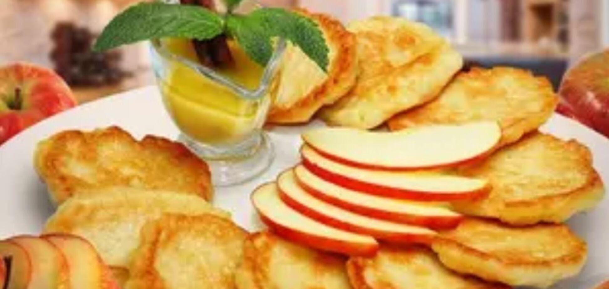 Рецепт незрівнянних оладок з яблуками