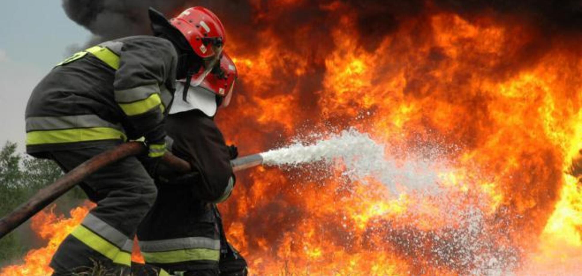 Под Львовом загорелась военная часть: есть погибший и раненый