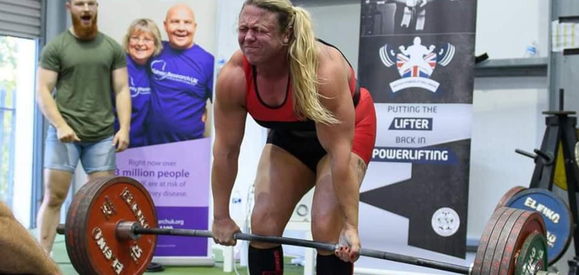 Тренировка 'со страпоном' известной спортсменки вызвала ажиотаж в сети