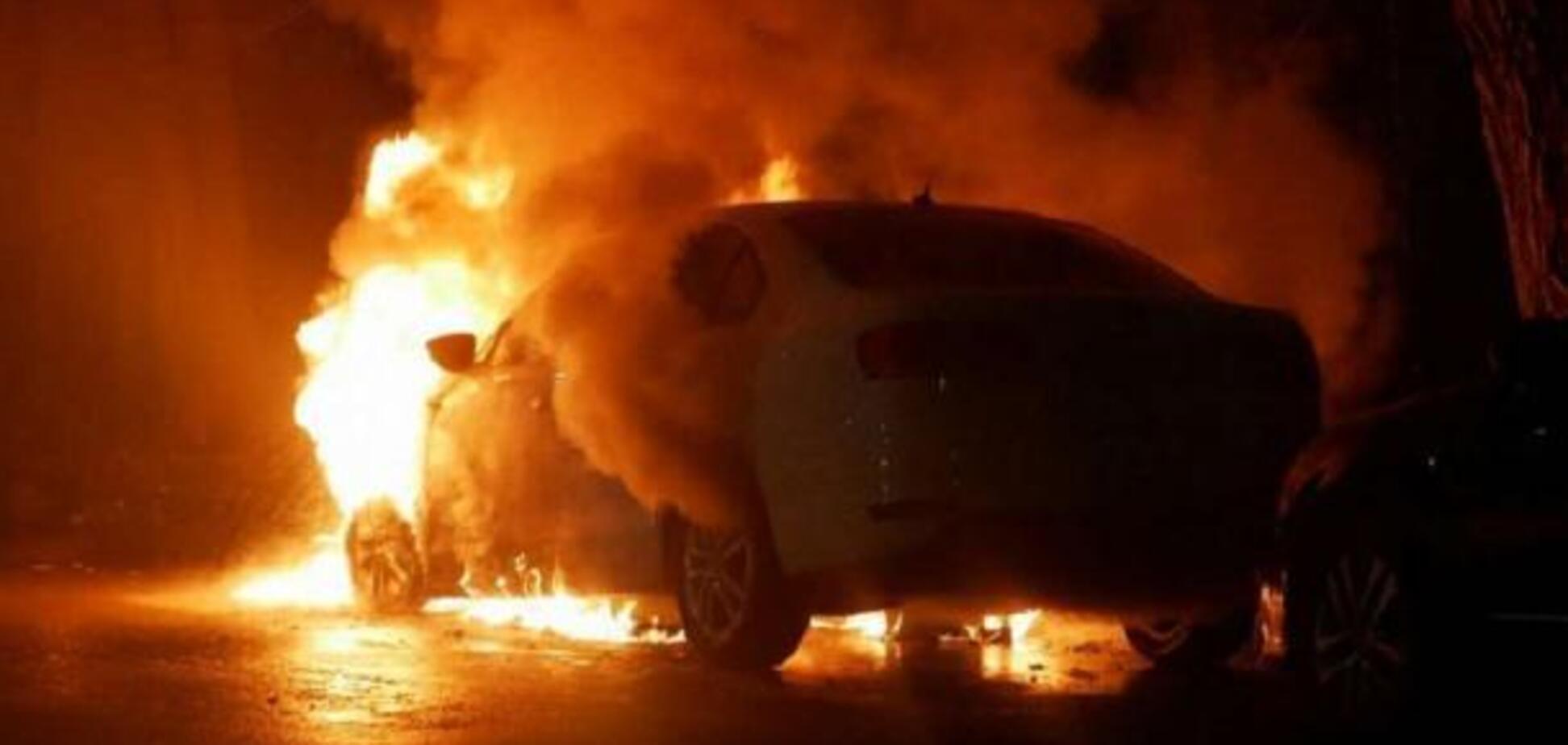 В Одессе сожгли авто полицейского (иллюстративное фото)