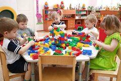 Вихователям дитсадків не збільшать відпустку: у Міносвіти назвали причину