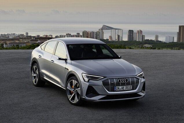 Купеподібний електричний кросовер від Audi: всі подробиці