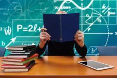 Обучение на дому без справок и 14-летняя программа: какие изменения ждут школьников Днепра
