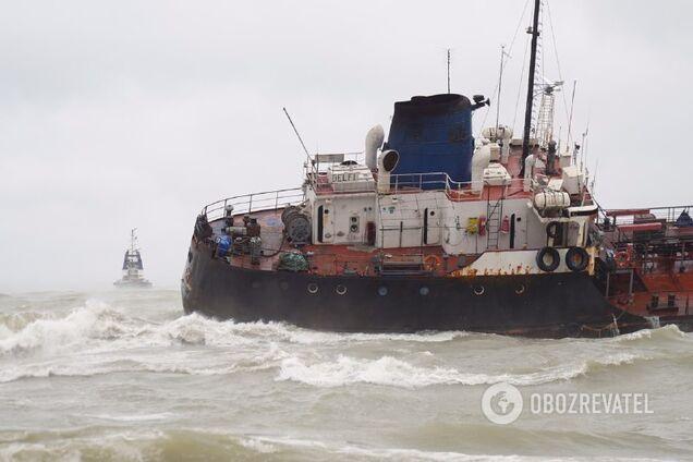 Біля берегів Одеси затонув танкер