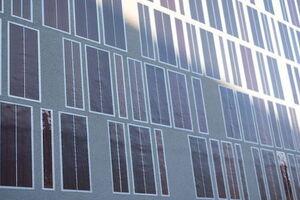 В Германии гибкие солнечные панели научились встраивать прямо в стены домов