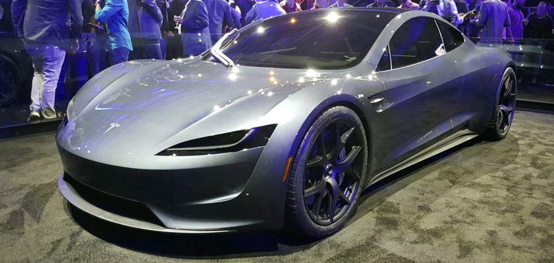 Ілон Маск здивував соцмережі цікавою особливістю нового електрокара Tesla Roadster 2