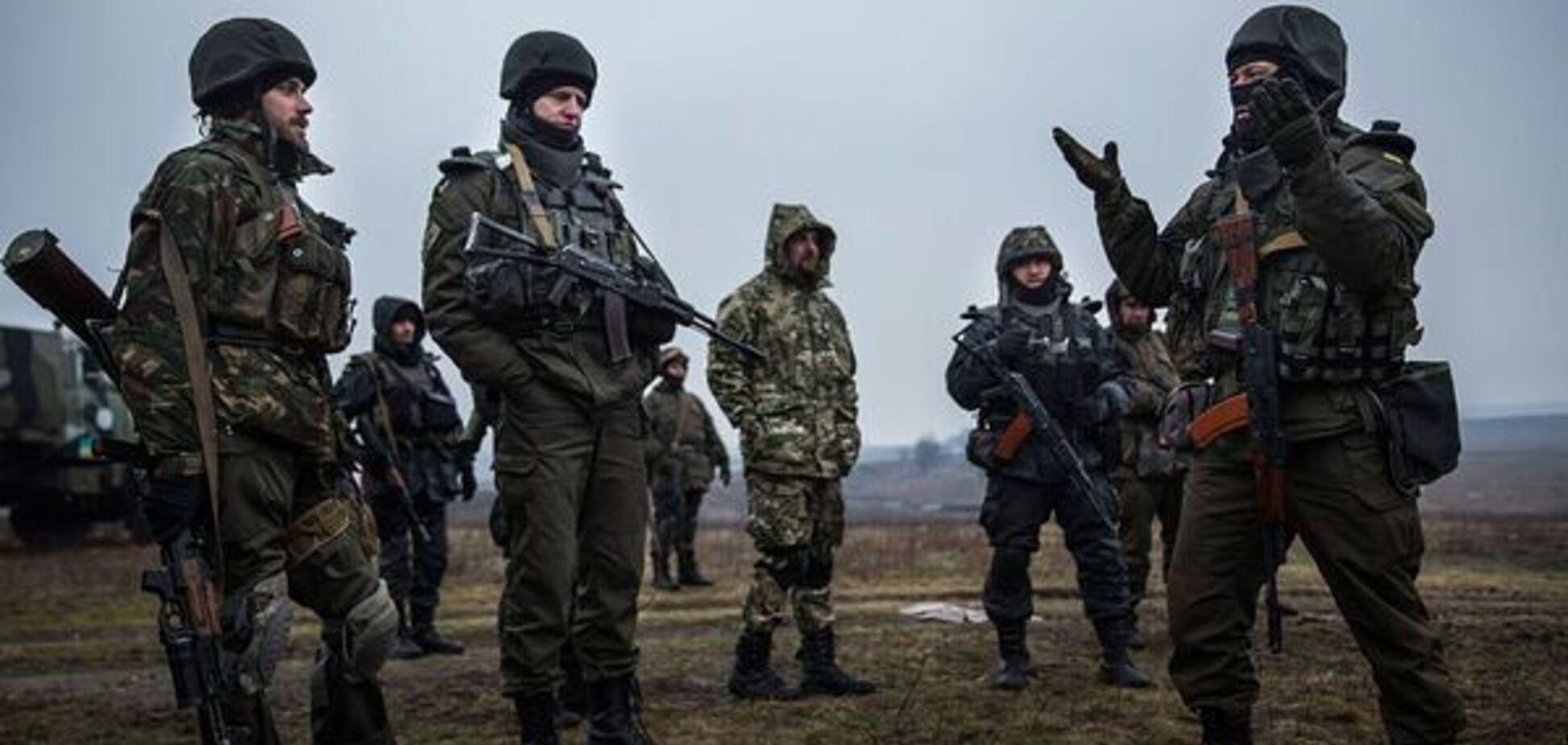 Война на Донбассе превращена в ад, территория передана под власть криминала