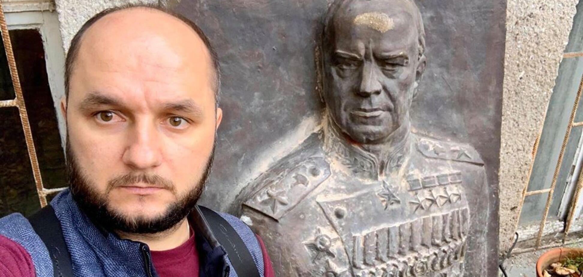 'Ідіть у ж*пу! Заї**ли!' Одеський депутат з'їздив на шоу Скабєєвої і послав українців