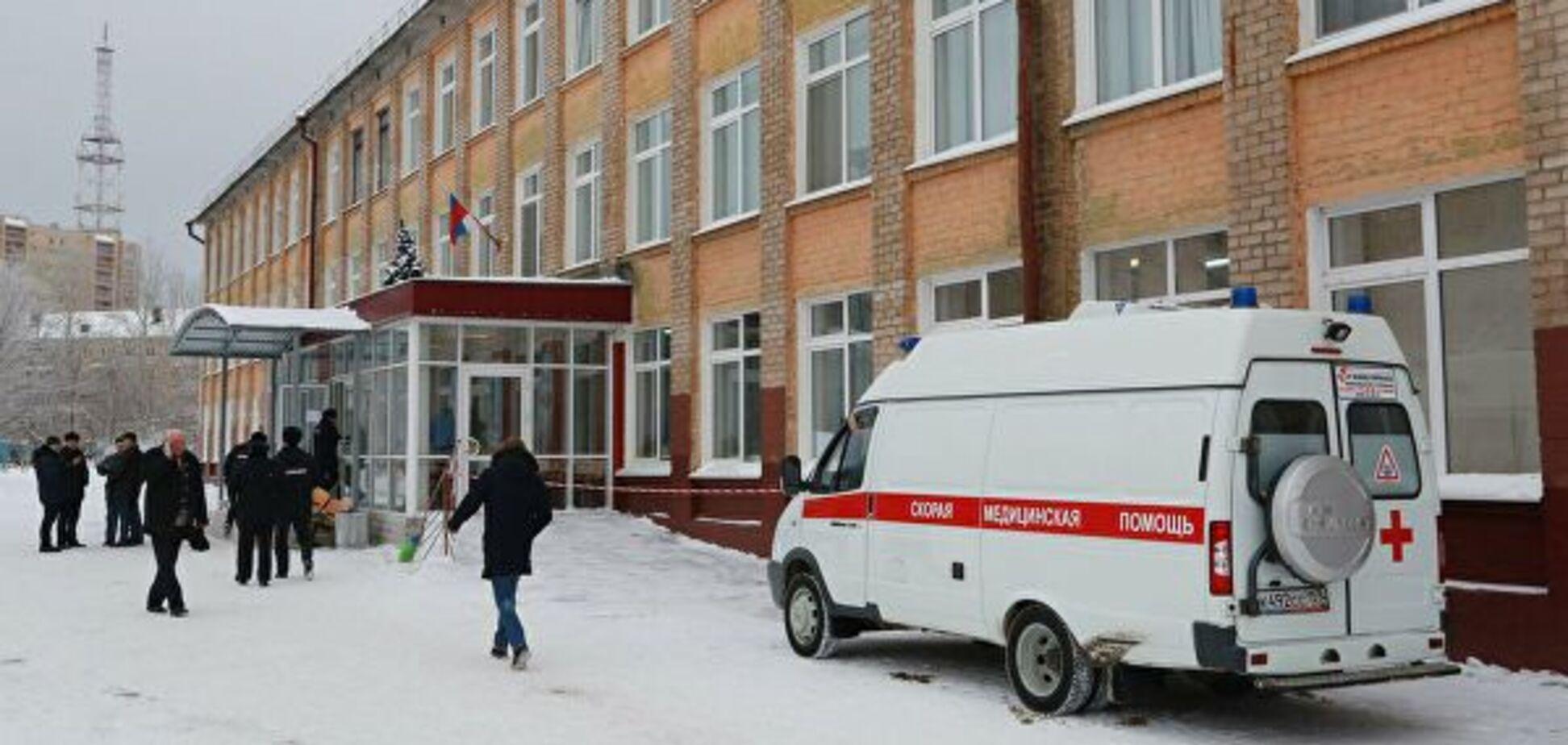 Оставили одну в классе: в российской школе девочка провалилась под пол