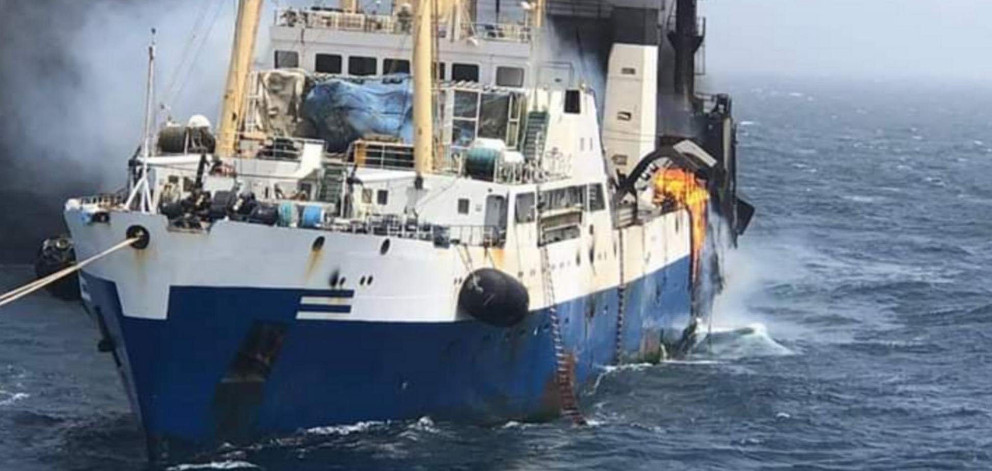 В Україну повернулися моряки із затонулого корабля: всі подробиці