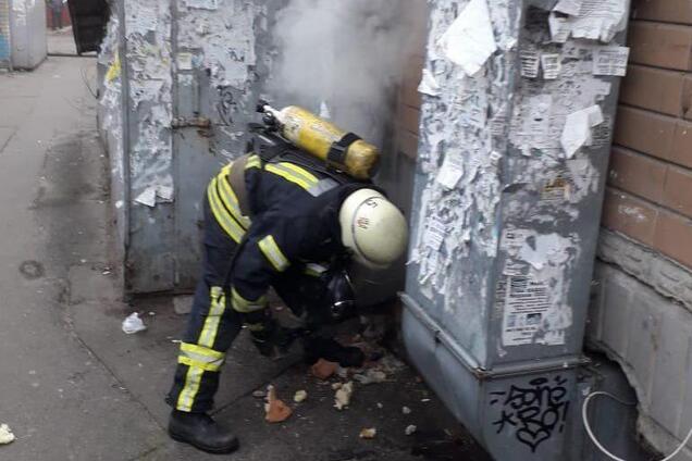 У Києві спалахнула пожежа в сауні з дівчатами