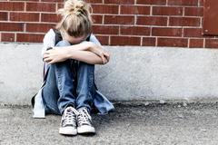 Вчитель нічого не зробив: у Криму школярі зламали ніс дівчинці