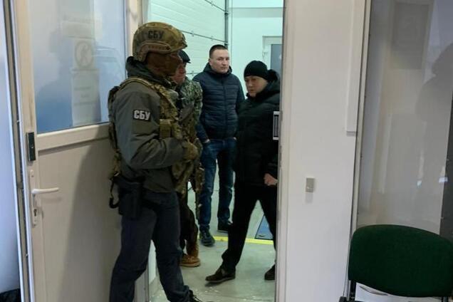 СБУ проводить обшуки у Львівській, Івано-Франківській та Тернопільській областях