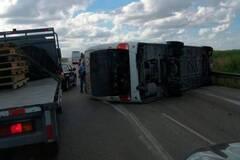 Автобус с россиянами перевернулся в Доминикане: десятки пострадавших. Первые фото и видео ДТП