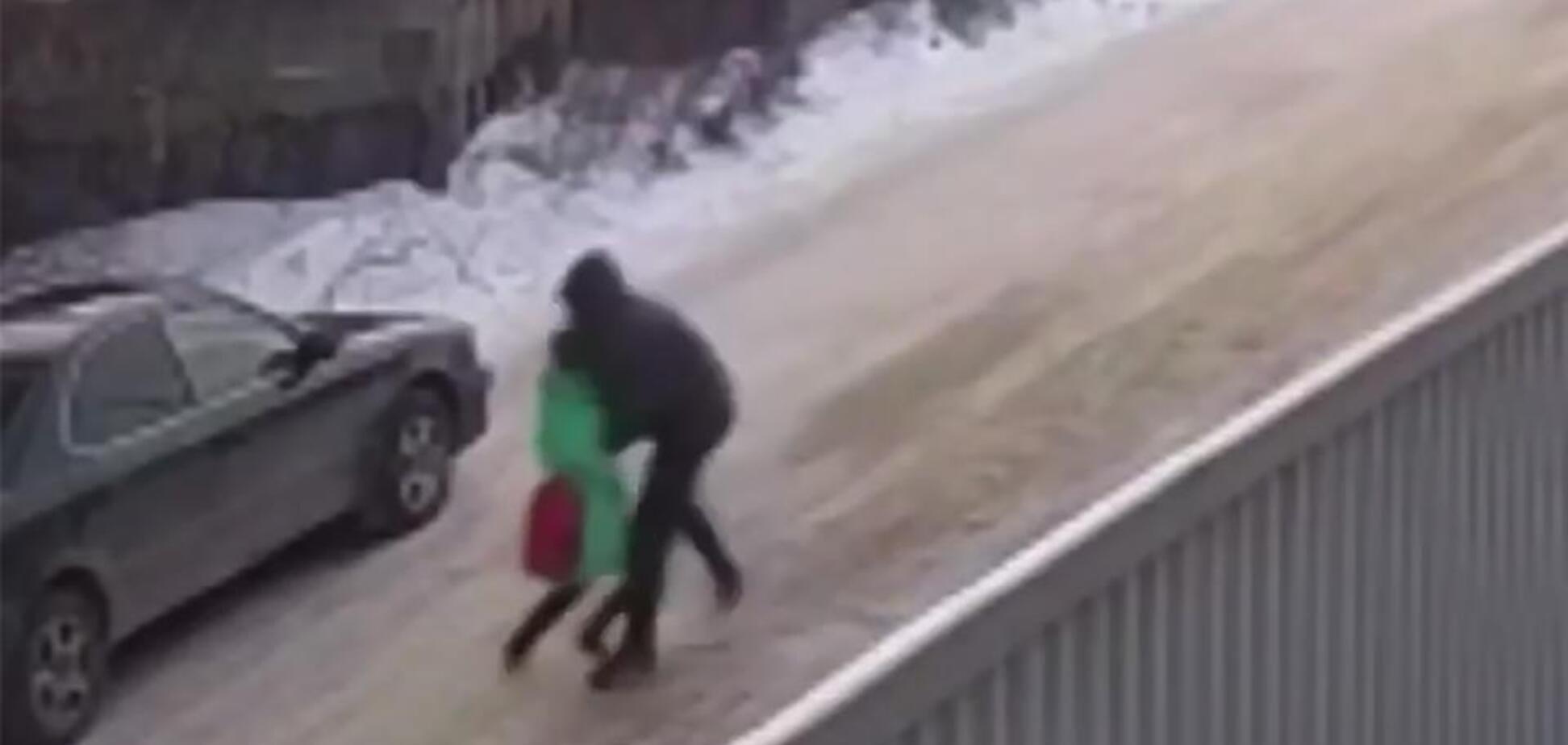В России школьник-герой спас девочку от насильника: видео