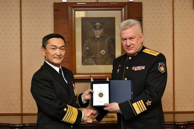 Командующие ВМФ Японии и России