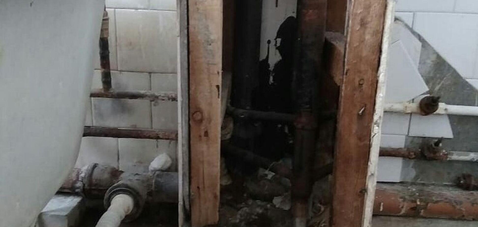 'Не зря унитазы демонтировали': в сети показали страшные реалии жизни в России