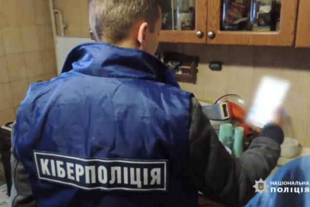 В Киеве педофил развращал 10-летнюю девочку