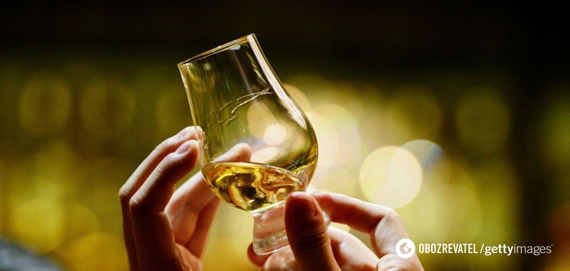 Названа безпечна доза алкоголю для чоловіків та жінок