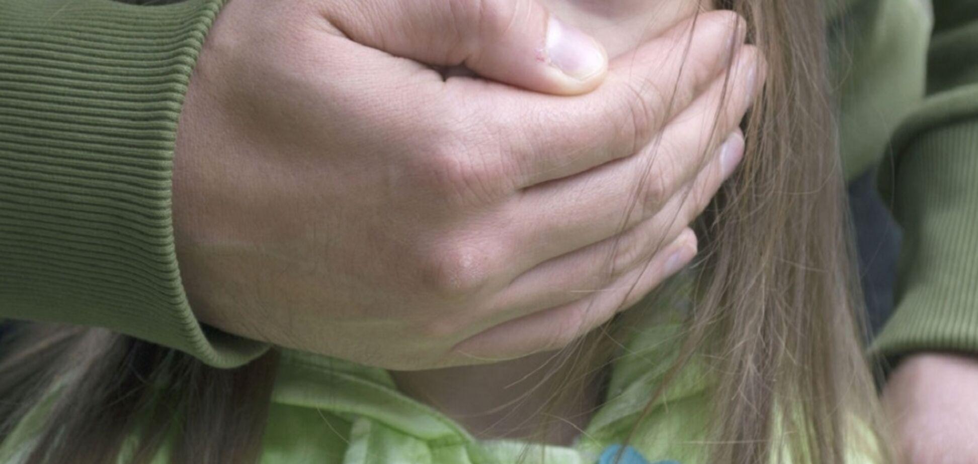 Предложил дружить: в Киеве педофил изнасиловал 10-летнюю девочку