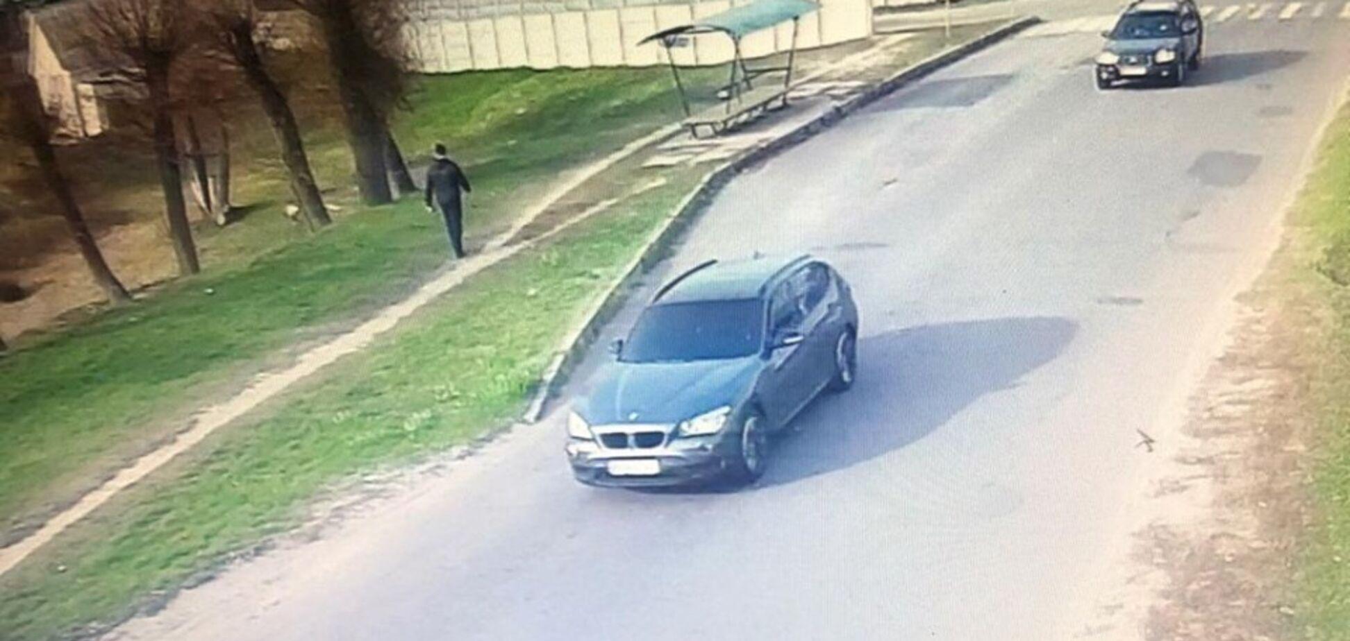 Під Києвом нахабно викрали авто