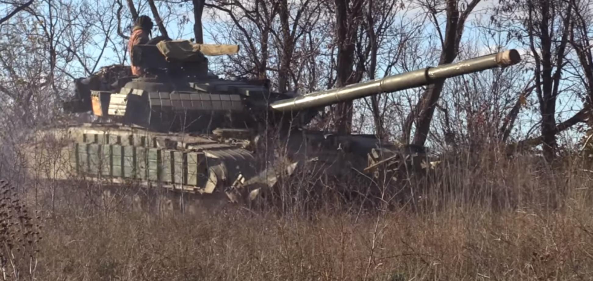 Бойцы ООС провели танковые учения под носом у террористов: мощное видео