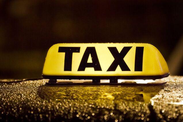 В Днепре женщина умерла в такси в свой день рождения