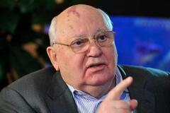 Горбачов заявив про нову війну Росії з Заходом