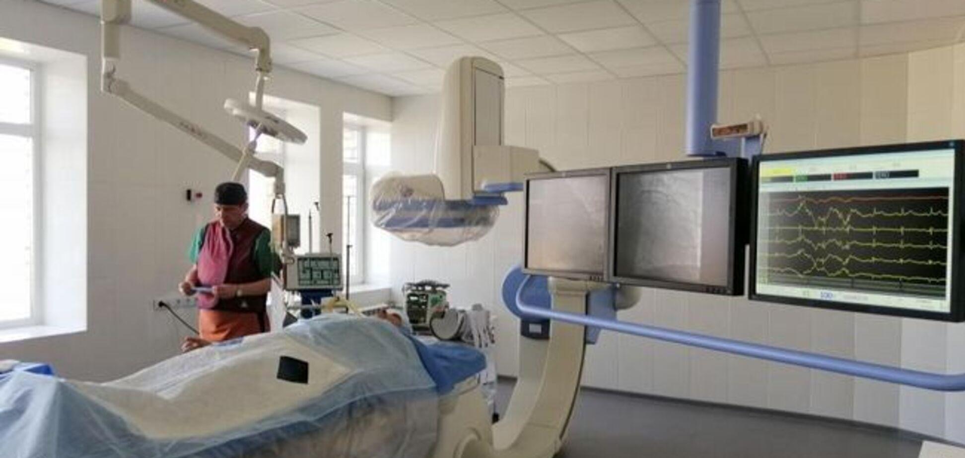 Вспышка дифтерии: на Харьковщине еще одна женщина попала в больницу