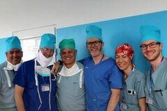 команда лікарів