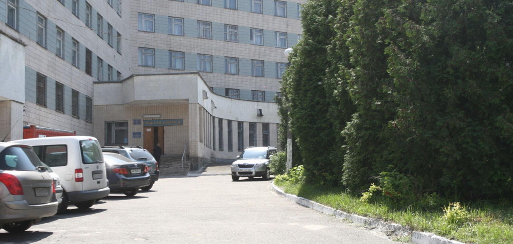 В Киеве из окна психиатрической клиники выпрыгнули три подростка
