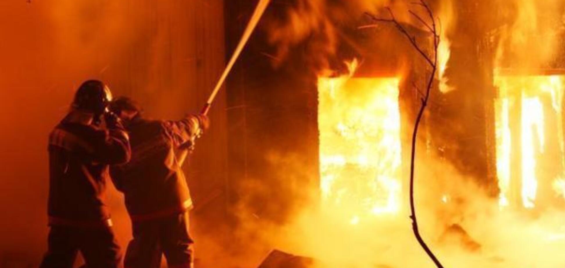 Под Днепром женщина сгорела во сне вместе с домом: подробности