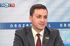 Депутат назвал, кто заинтересован в затягивании растаможки евроблях