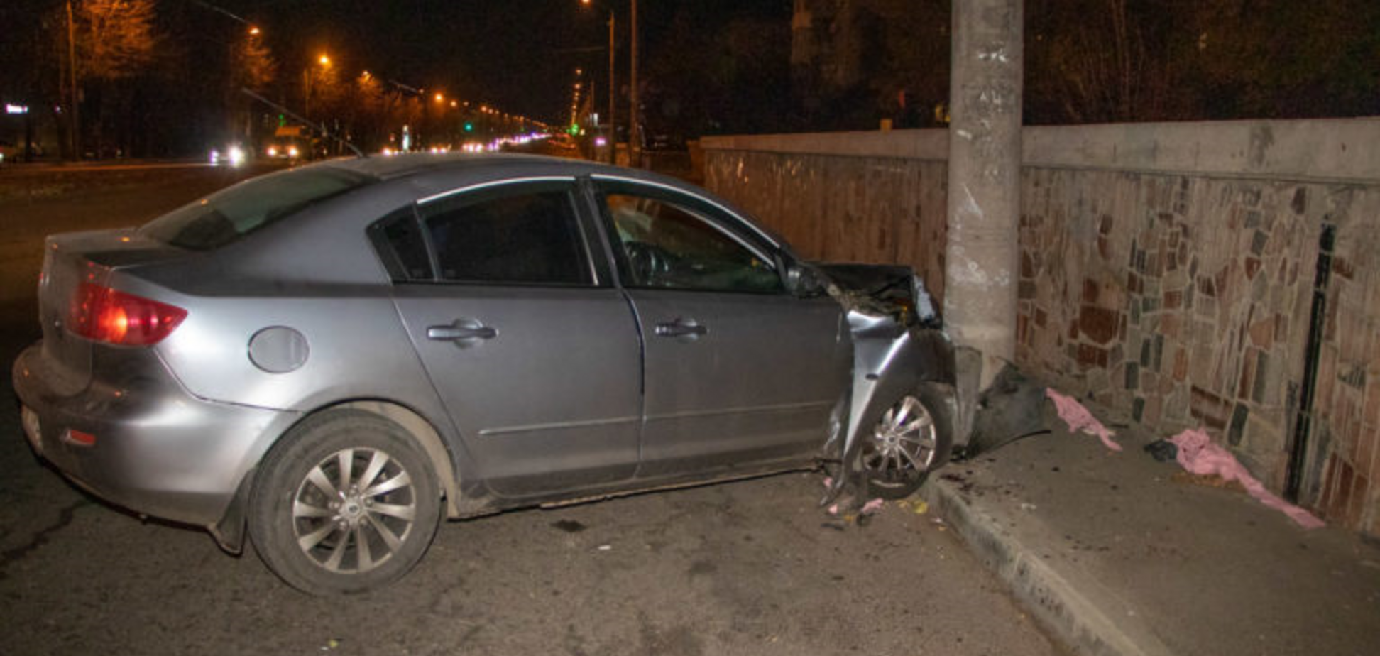 Втік з розбитою головою: в Дніпрі сталася 'п'яна' ДТП