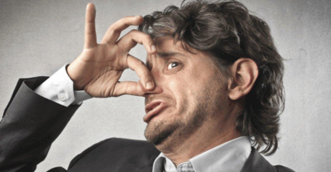 """Диагностика """"на нюх"""": врач рассказал, чем пахнут болезни"""