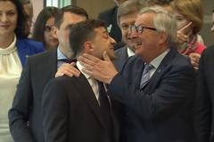 Зовнішня політика Зеленського: 'Аннушка уже разлила масло'