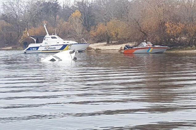 В Киеве затонула яхта