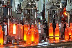 'Не поднимемся': стекольщики назвали риски повышения тарифов на газ