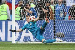 Спасение дня: вратарь сборной России повторил легендарный сейв в матче с командой Реброва