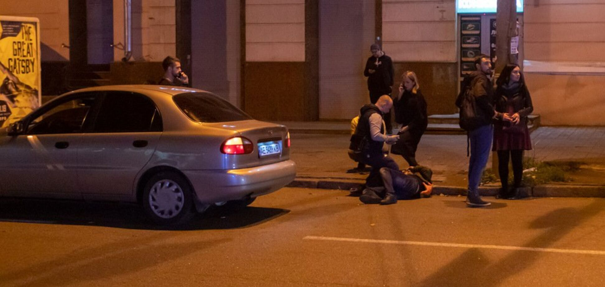 Перебегал дорогу: в центре Днепра Daewoo сбил пешехода