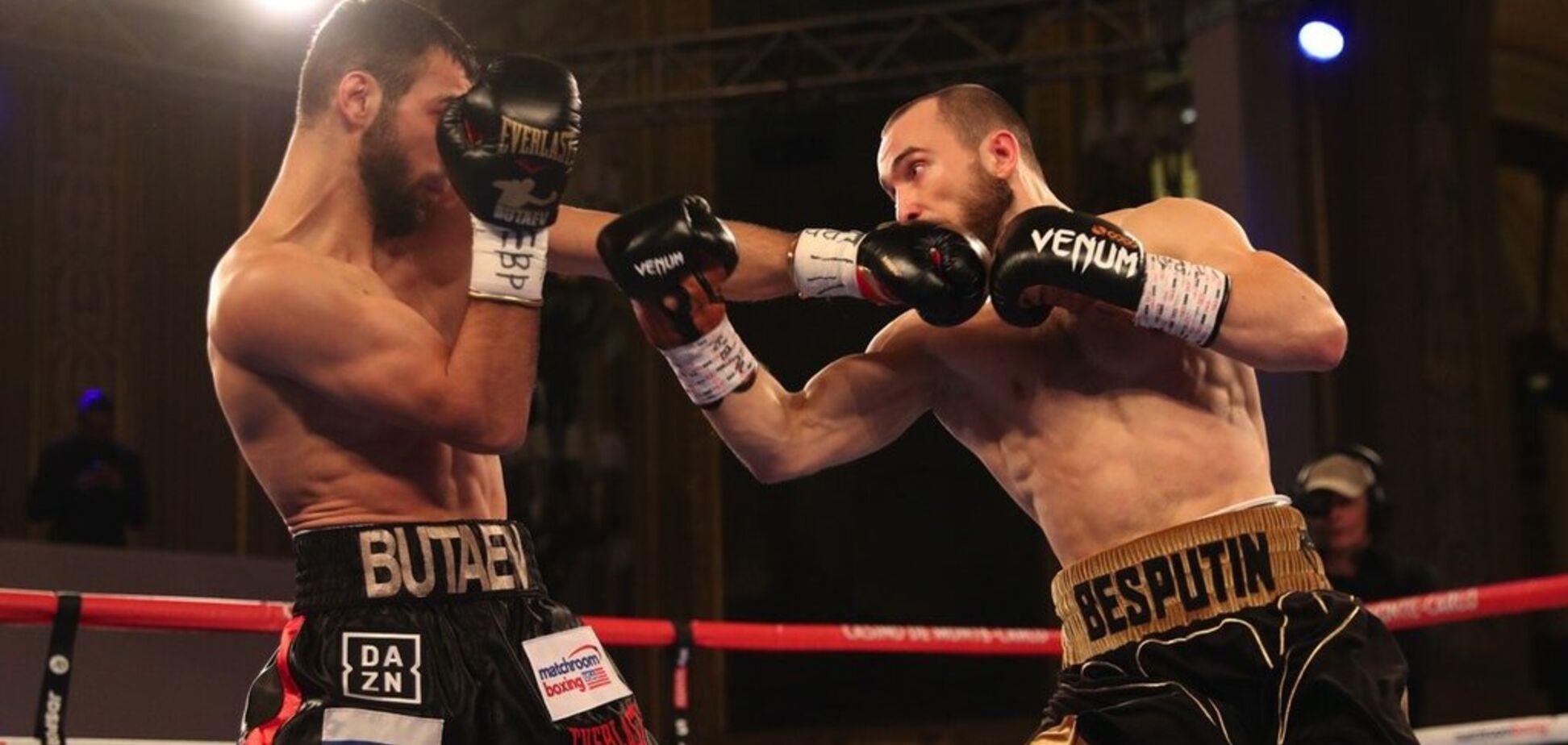 'Печень открыта': Ломаченко позвонил российскому боксеру в ринг и помог победить